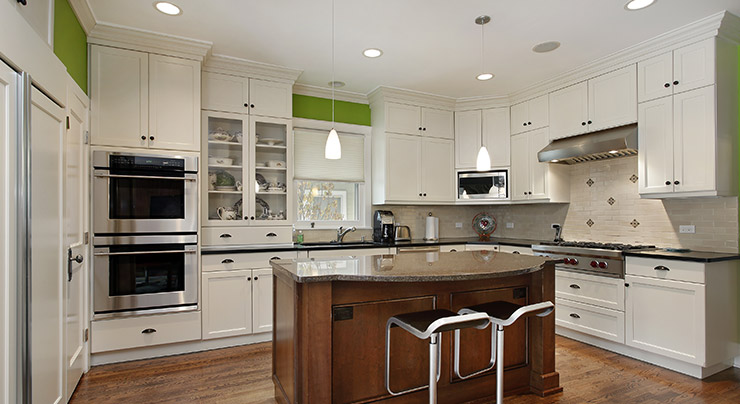 adding a splash of color to an all-white kitchen | classic granite